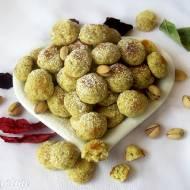 Kruche kuleczki pistacjowe