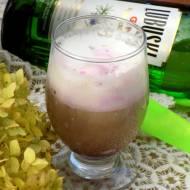 napój dżina- kawa z ginem i lodami