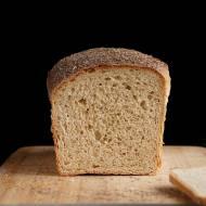 Chleb orkiszowy graham