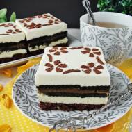 Ciasto przekładane z herbatnikami