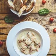 Krewetki toskańskie – w sosie czosnkowo-śmietanowo-serowym