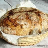 Królewski chleb Jagiełły z cebulką prażoną