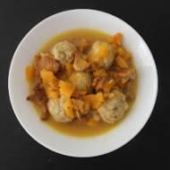 Drobiowe pulpety w sosie dyniowo-kurkowym