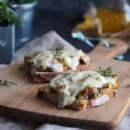 Kanapki zapiekane z grzybami i serem / Baked mushroom and cheese sandwich