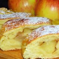 Strucla dyniowa z prażonymi jabłkami