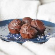 Pełnoziarniste czekoladowe babeczki bez cukru