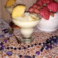 Kremowy deser waniliowo-kokosowy z bananem (na domowym budyniu)