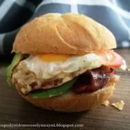 Burger śniadaniowy - na bogato od rana