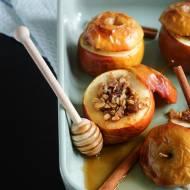 Pieczone jabłka z płatkami owsianymi – Moje comfort food