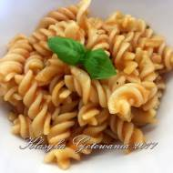 Makaron z naturalnym sosem pomidorowym