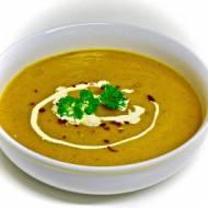 Marchewkowa zupa z mlekiem kokosowym, chilli i kolendrą