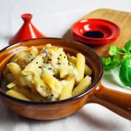 Makaron z gorgonzola, gruszkami i orzechami włoskimi