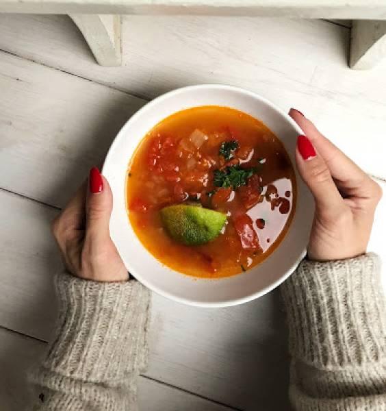 Meksykańska zupa limonkowa