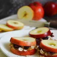 Jesienne kanapki z jabłka