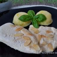 Filet kurczaka w sosie migdałowym