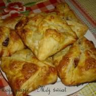 Ciastka francuskie z wiśniami
