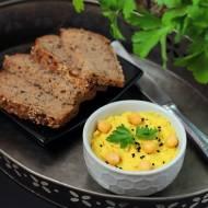 Hummus z kurkumą i olejem z czarnuszki