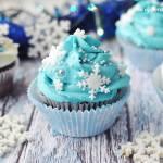Czekoladowe muffiny w wersji zimowej