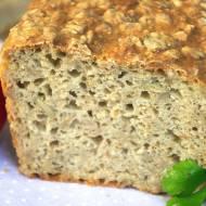 Najprostszy chleb pszenny na drożdżach z płatkami owsianymi