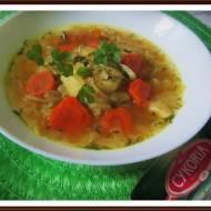 Zupa Kapuściana z Dodatkiem Puree z Dyni