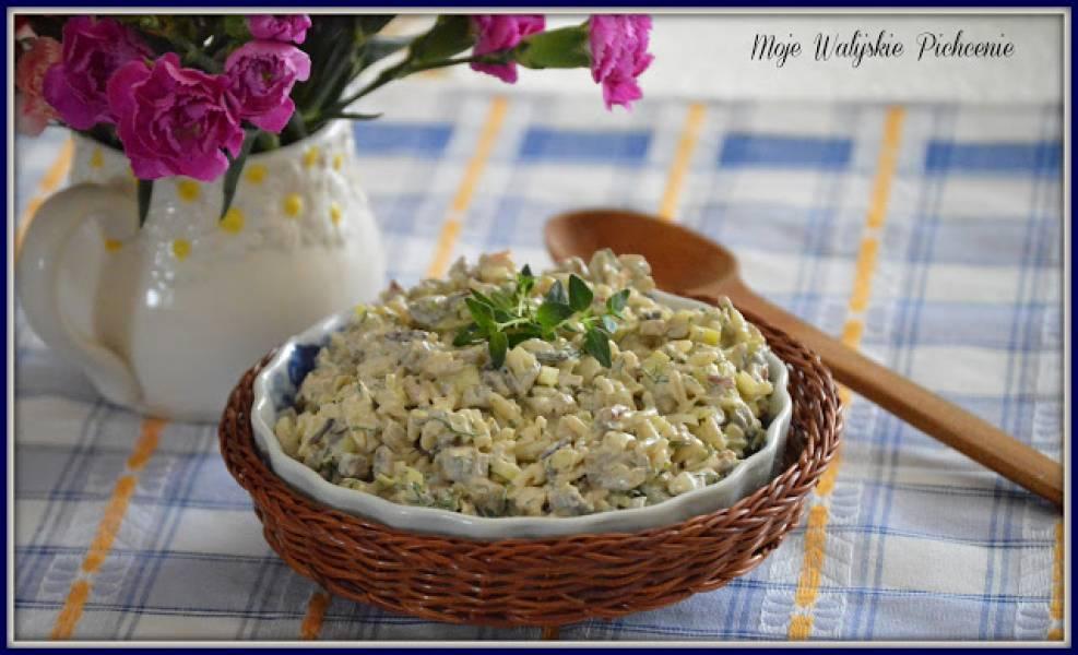 Przepis Na Salatka Z Ryzem Pieczarkami I Porem Walijskie