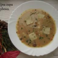 Wigilijna zupa grzybowa.