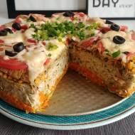 Dietetyczny obiad – tort na słono.