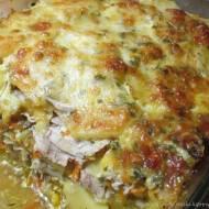 Zapiekanka ziemniaczana z kurczakiem i warzywami