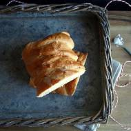 Chlebek z łososiem wędzonym