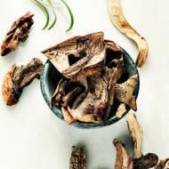 Grzybowa z suszonych grzybów i kaszy bulgur