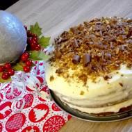 Angielski tort orzechowy z maślano-serowym kremem