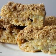 Ciasto z bananami i owsiano-cynamonową kruszonką