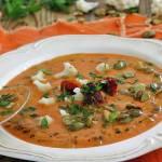Krem z kalafiora i pomidorów suszonych