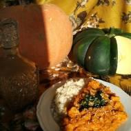 Dyniowe curry z grochem i kurczakiem