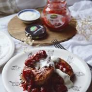 PROJEKT ŚNIADANIE: Śniadaniowe oponki w sosie truskawkowym