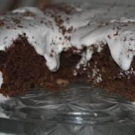 Czekoladowe ciasto z masą z pianek marshmallow