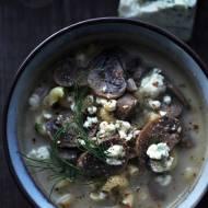 Zupa pieczarkowa z serem pleśniowym