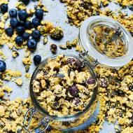 Szafranowa granola na zimowe śniadanie