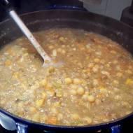 Zupa z ciecierzycy z kasztanami