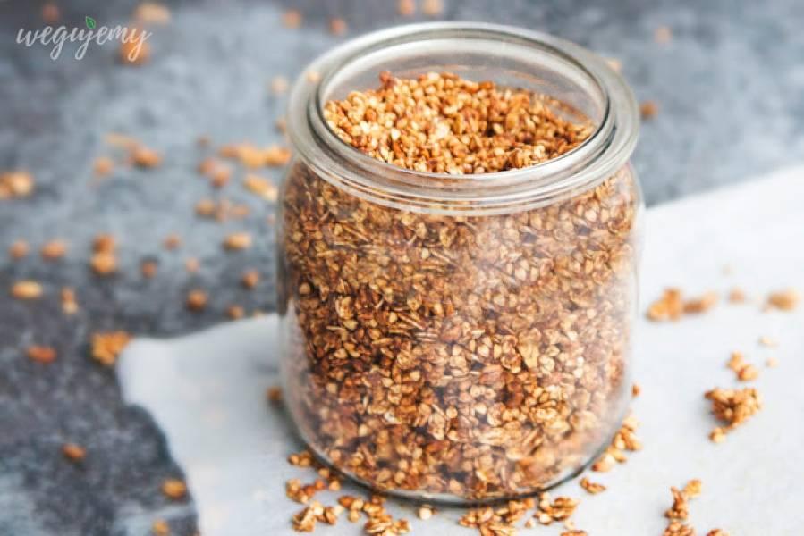 Piernikowa granola bez cukru na bazie płatków owsianych i kaszy gryczanej