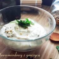 Sos jogurtowo-miodowy z gorczycą