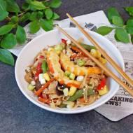 Tajski makaron smażony z krewetkami