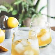 Drinki na Sylwestra – amaretto sour