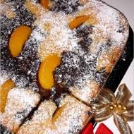 Ciasto z brzoskwiniami i masą makową