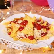 Nachos zapiekane z serem i salsą