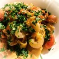 Makaron z krewetkami i pomidorkami