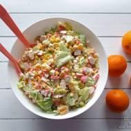 Sałatka z paluszkami SURIMI i pomarańczami – przepis krok po kroku