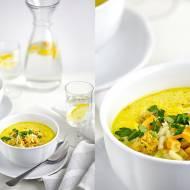 Zupa z kurczakiem, ryżem, kukurydzą i mlekiem kokosowym