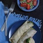 Naleśniki z brokułem, szynką i serem pleśniowym