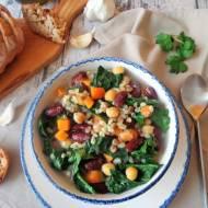 Zupa z kaszą bulgur i roślinami strączkowymi (Minestrone di bulgur e legumi)